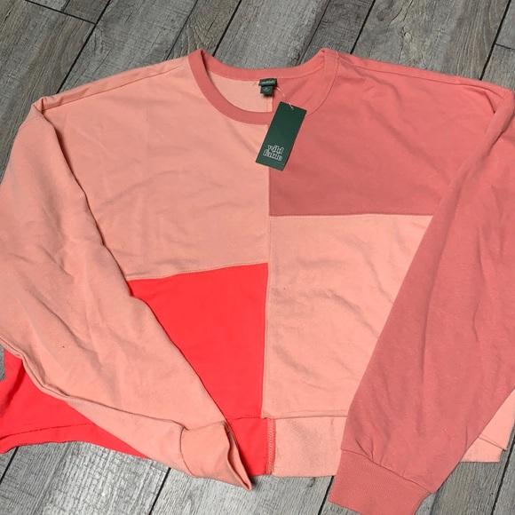 color block cropped sweatshirt